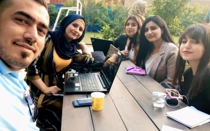 Networking and lean canvass peer-review session with local Coach, Baghdad, Iraq
